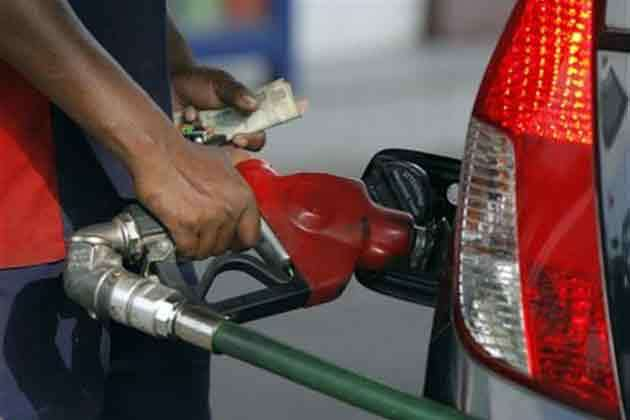file-photo-petrol-pump